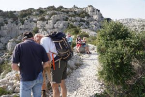 consultation de la carte aux falaises de Devenson