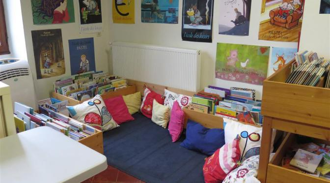 la bibliothèque : le coin enfants