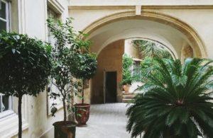 Nîmes Hôtel particulier